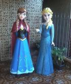 Esculturas Anna e Elsa do Frozen
